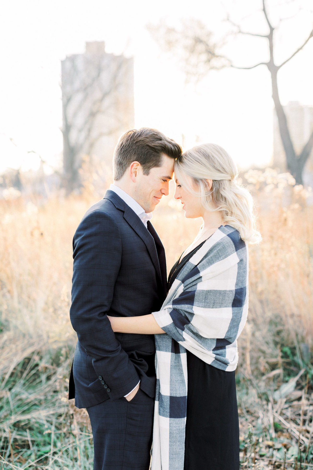 TiffaneyChildsPhotography-ChicagoWeddingPhotographer-AnneMarie+Connor-LincolnParkNatureBoardwalkEngagementSession-64