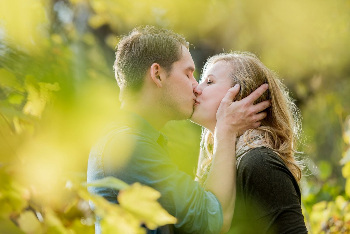 Fargo's best engagement photographers kris kandel (1)