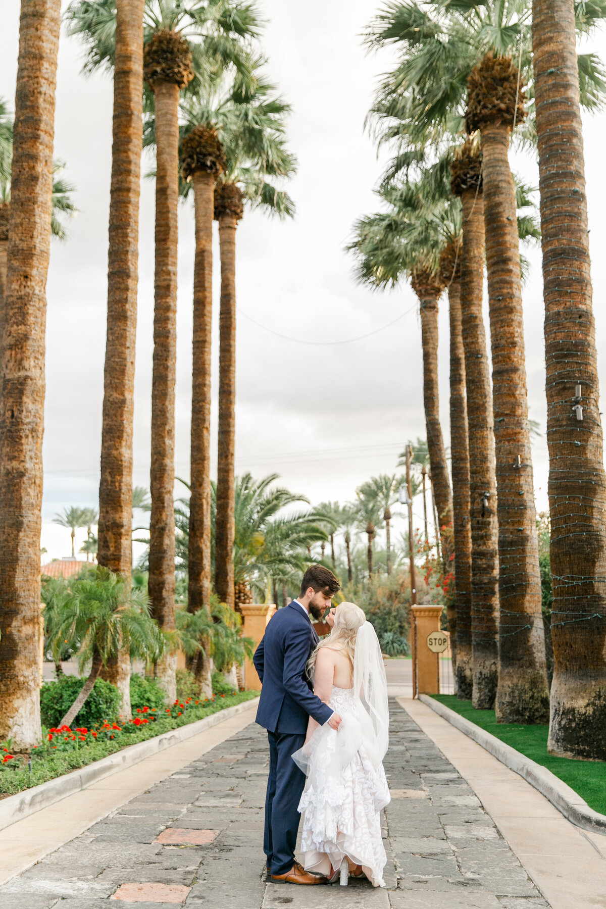 Karlie Colleen Photography - The Royal Palms Wedding - Some Like It Classic - Alex & Sam-574