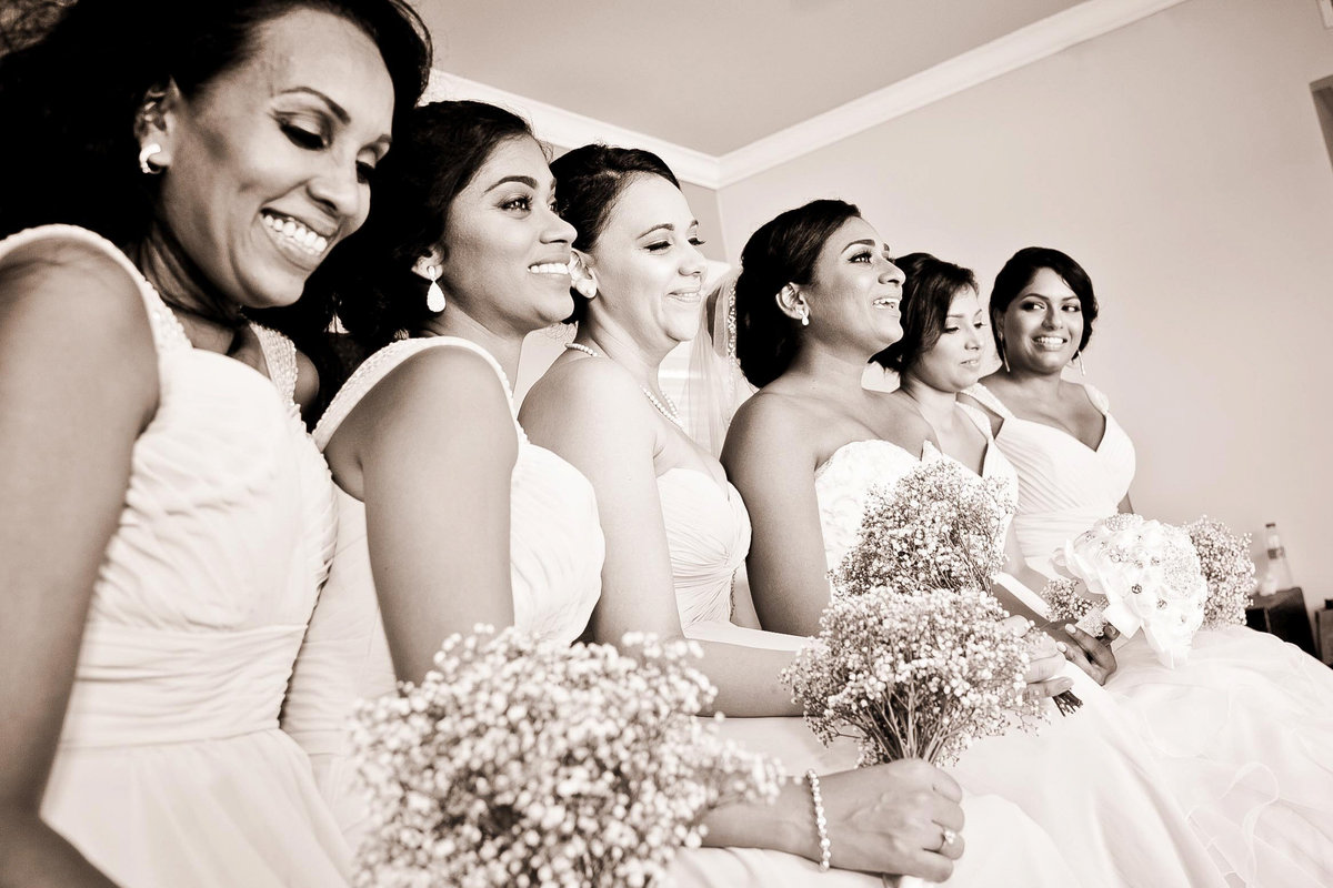 B+W of bridal party with bride. Photo by Ross Photography, Trinidad, W.I..