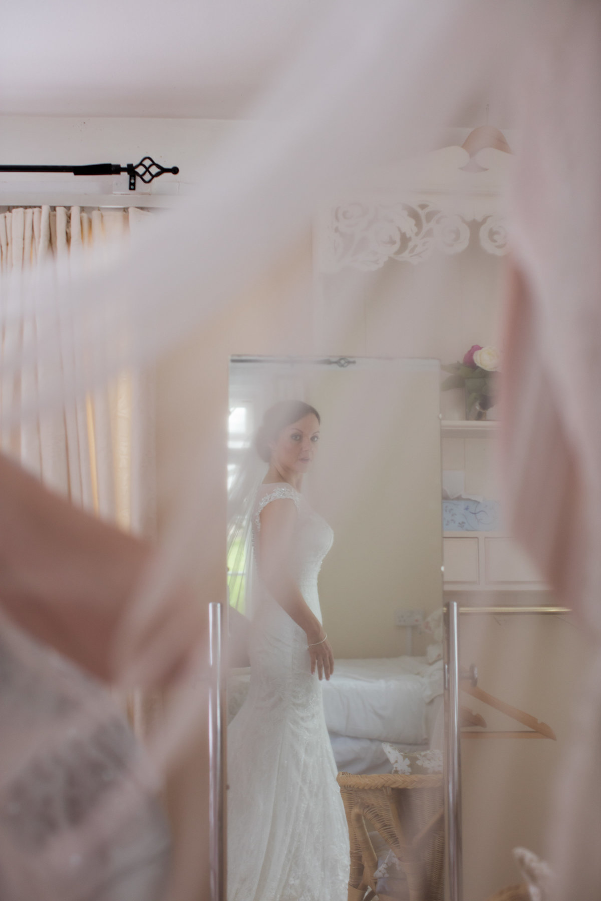 bride getting ready in devon