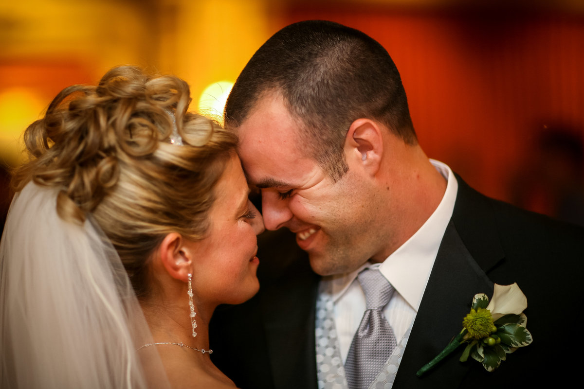 brooklyn-wedding-photographer-rob-allen-photography-Stone-Hedge-West-Park-NY-1