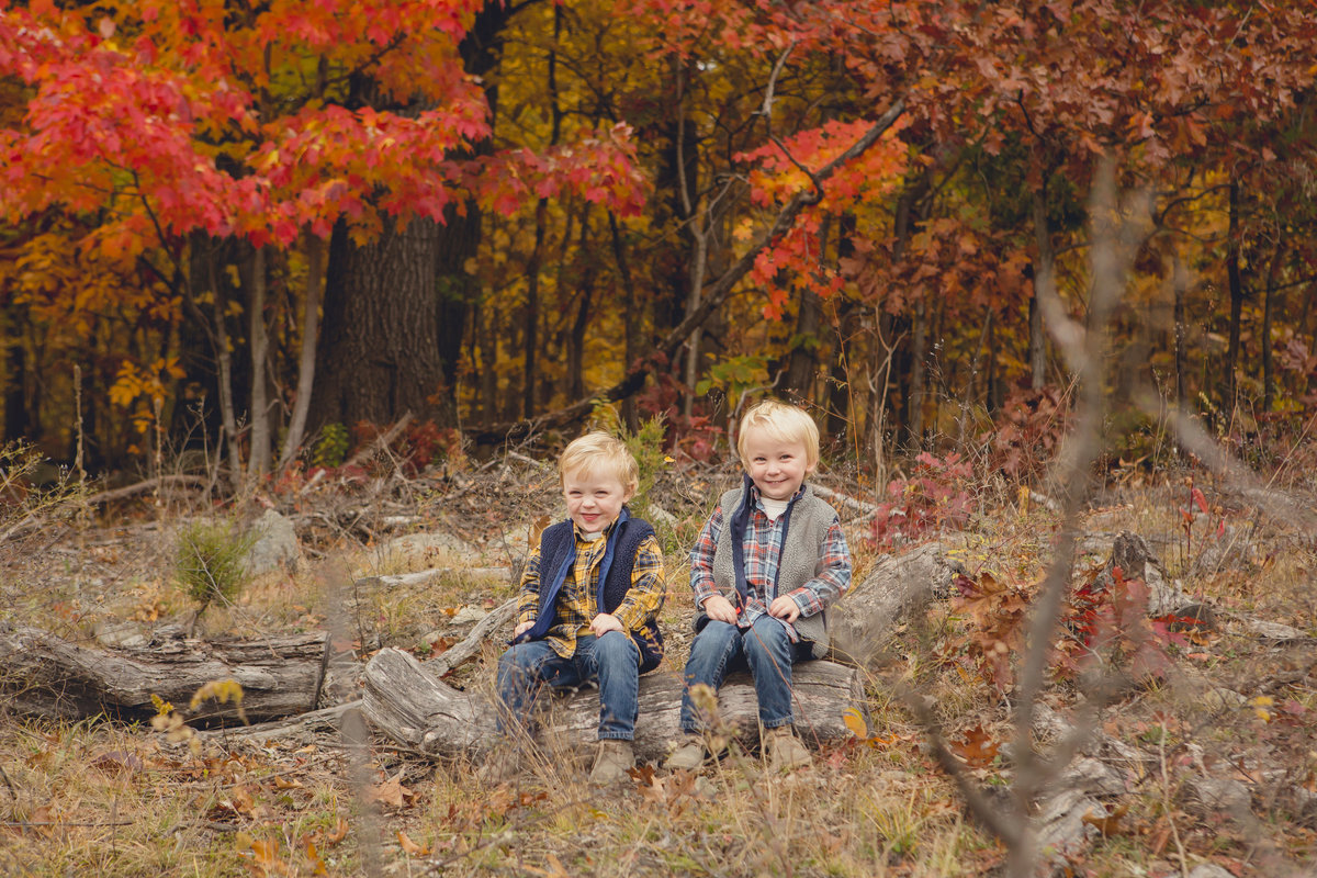 twin boys outdoor children's photography in the fall by Hudson Valley professional photographer Autumn Photography in Cornwall NY