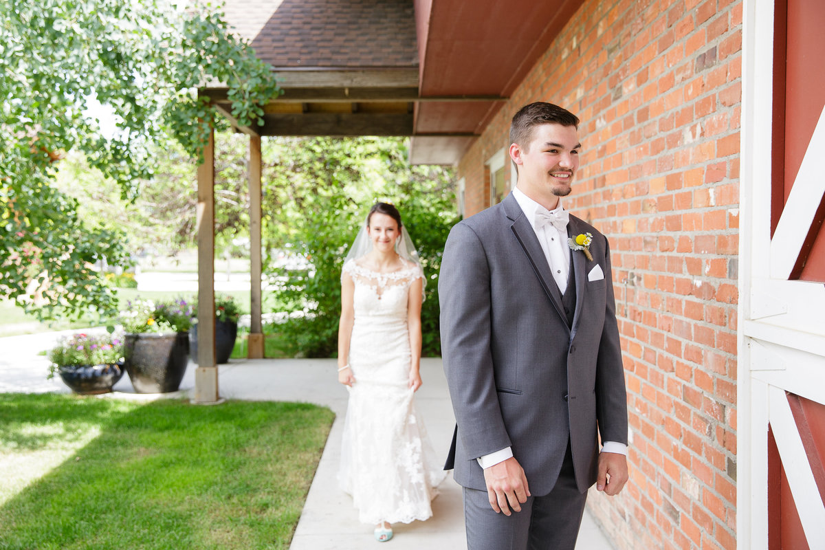 first-looks-Denver-area-wedding