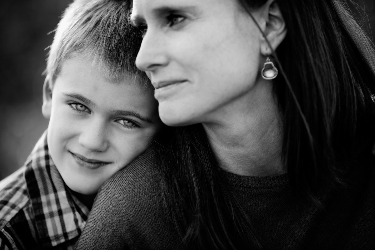 summer kellogg photography;portraits;child photography;fine art;black and white;mother and son