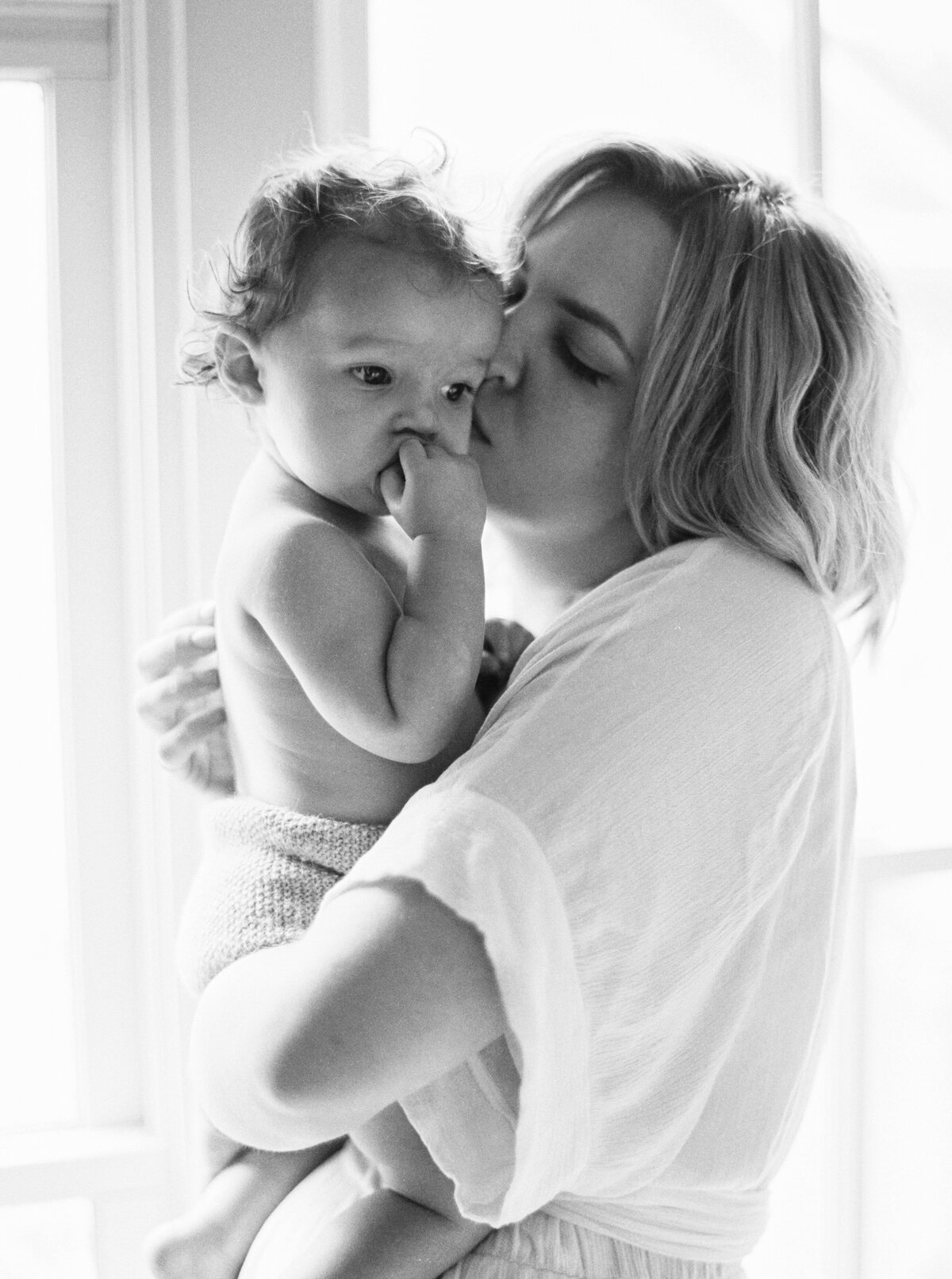 Motherhood-photography-session-fount-melanie-gabrielle-26