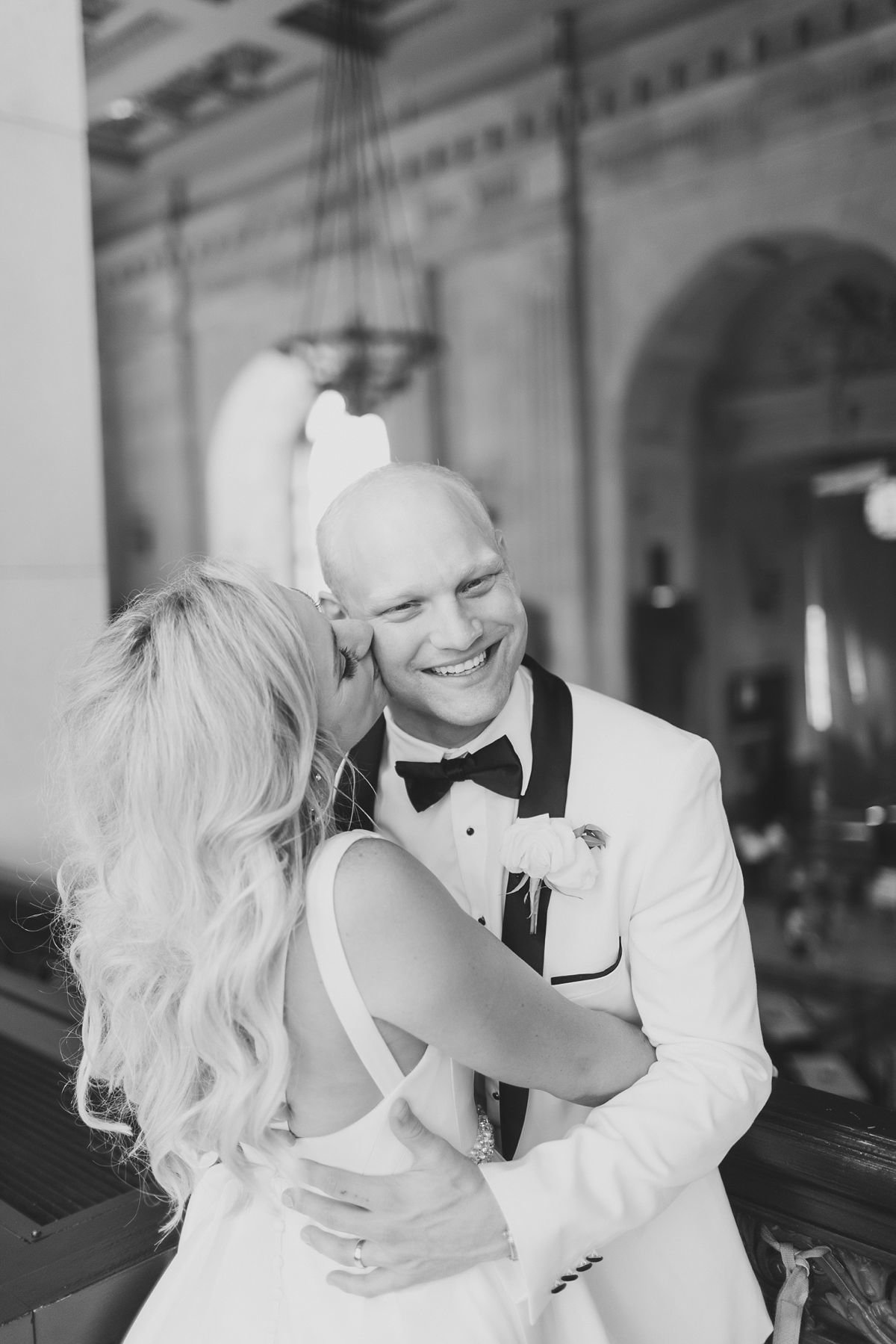 AshleyMatt_Portraits_UnionStation_KansasCityWedding_CatherineRhodesPhotography (293 of 354)-Edit