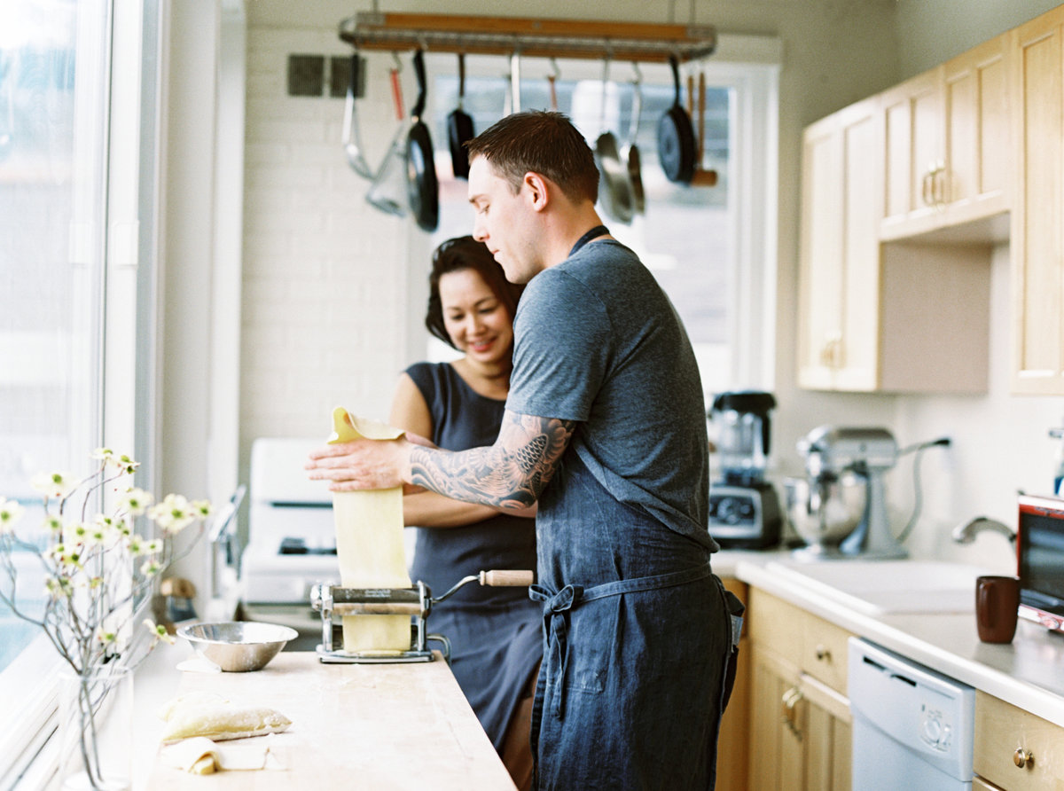Sachi Sausalito Couples At-Home Lifestyle Session 008