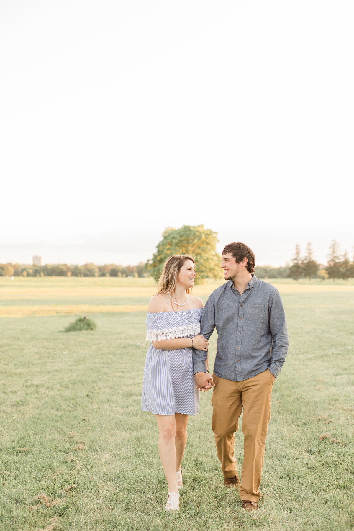 Ottawa-Wedding-Photographer-Experimental-Farm-Engagement-7