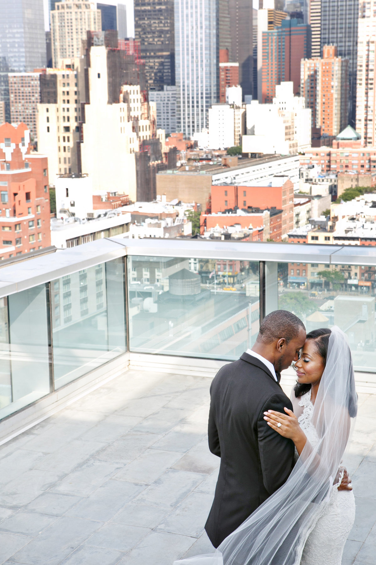 AmyAnaiz__Intimate_Elopement_Wedding_Ink48_Rooftop_Mantattan_New_York004