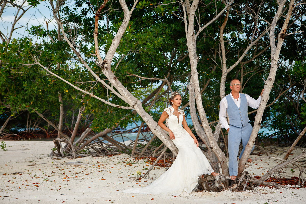 Belize_Destination_Wedding_Photographer_Coco_Plum_Island5