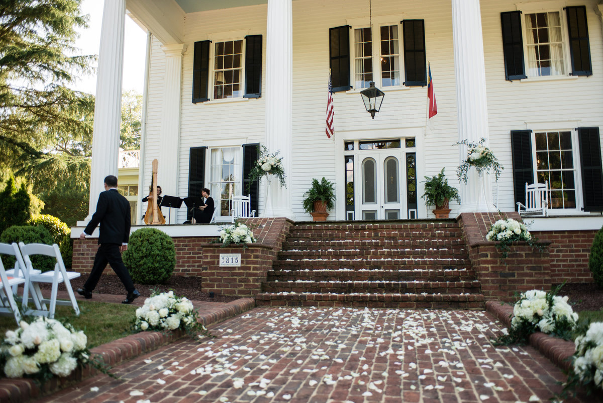 Rose Hill Plantation, Nashville NC, WEDDING, RECEPTION, RALEIGH VINTAGE CHURCH , MELROSE KNITTING MILL RALEIGH, LUXURY WEDDING PLANNER, EVENT PLANNER DURHAM, CHAPEL HILL, ANGUS BARN, BAY SEVEN, THE COOKERY, WEDDING VENUE, RECEPTION VENUE, CEREMONY OPTIONS, THE PAVILIONS, DURAHM WEDDING AND RECEPTIONS LOCATIONS, CHAPEL HILL WEDDING AND RECEPTION LOCATIONS, CHARLESTON WEDDING AND RECEPTION, CHARLESTON WEDDING PLANNER, DC WEDDING PLANNER