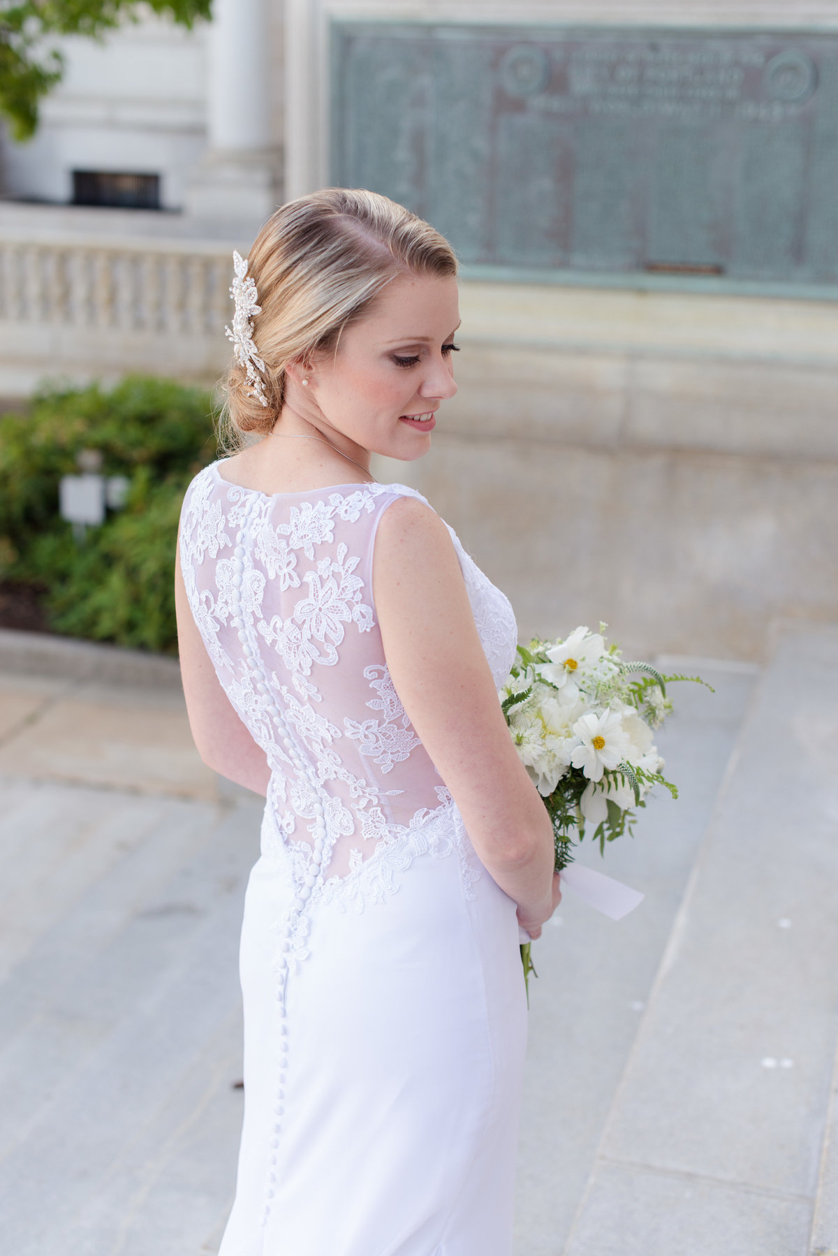Portland City Hall Bridal Portrait by Linda Barry Photography