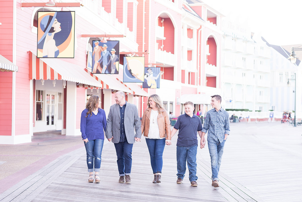 Boardwalk Family Session, Boardwalk Family Photos, Disneys Boardwalk Family Photos, Disney Family Photographer
