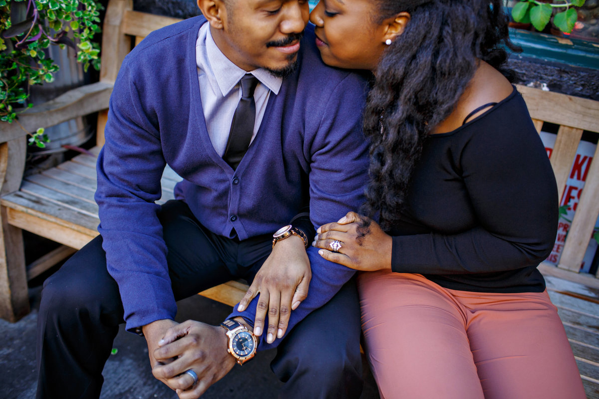 AmyAnaiz_Brooklyn_Bridge_Dumbo_Engagement_New_York_010