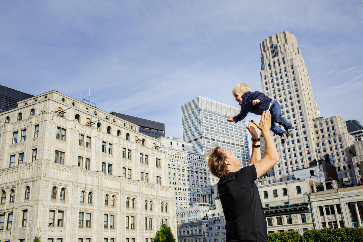 AmyAnaiz_Wall_Street_New_York_Family_Session_019