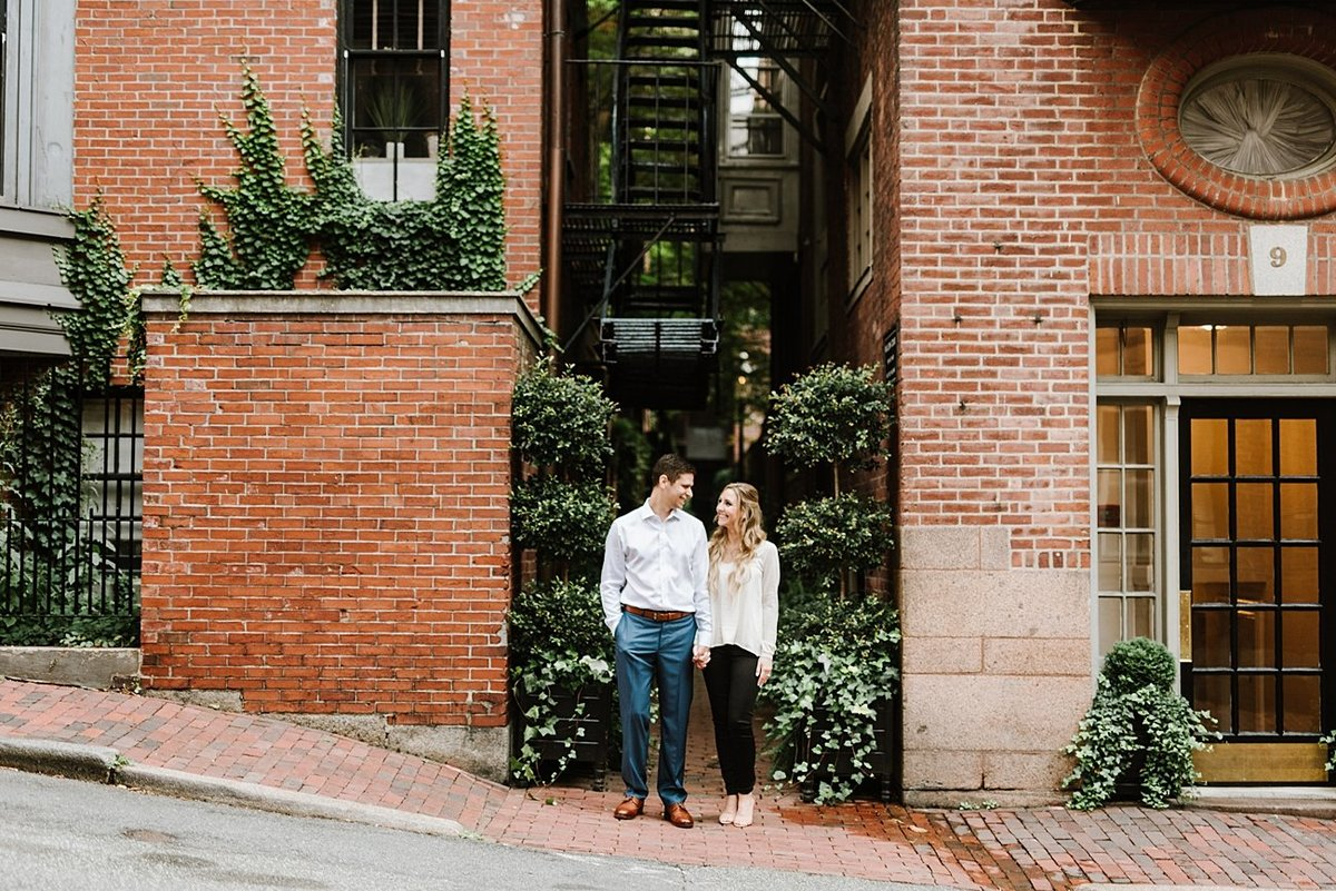 boston-public-garden-beacon-hill-boston-wedding-photographer-engagement-photo_0012