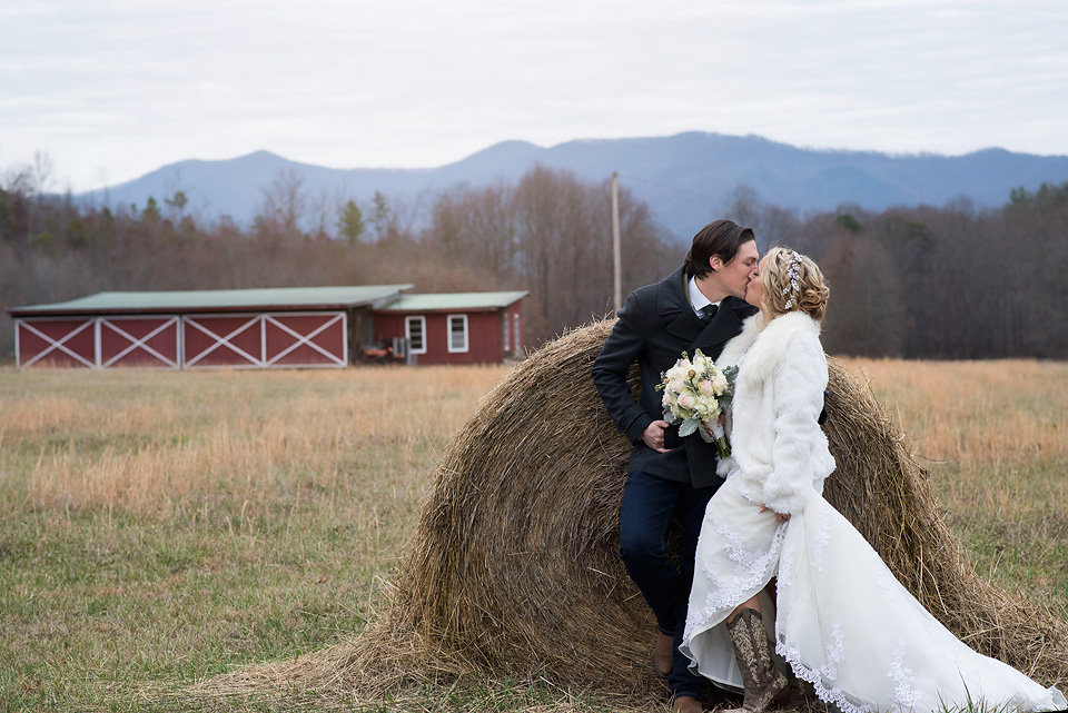 bride_and_groom_mountain_wedding_mcguires_millrace_farm_barn_hay_zolu_photography