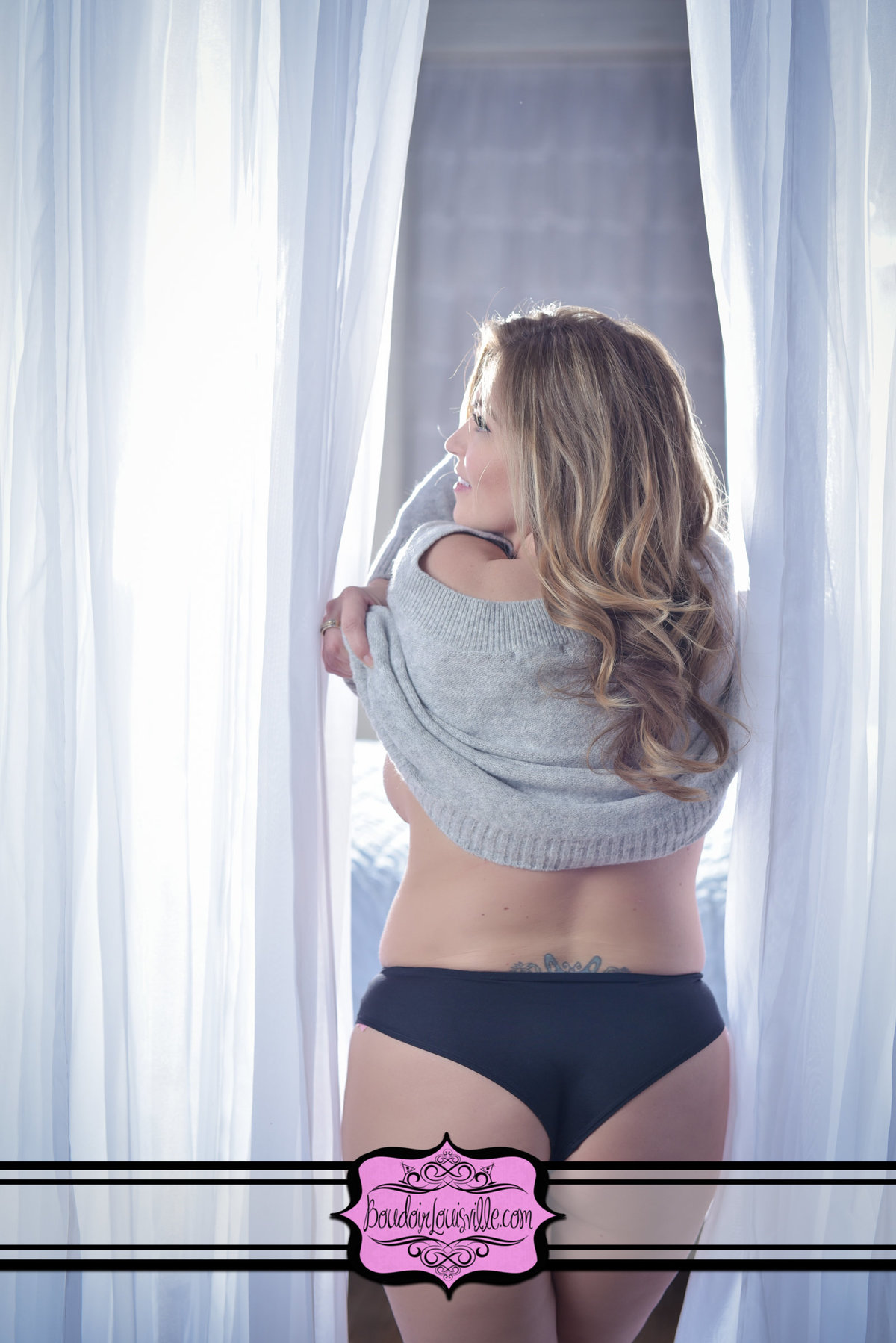 Boudoir Louisville - Photo Studio-44
