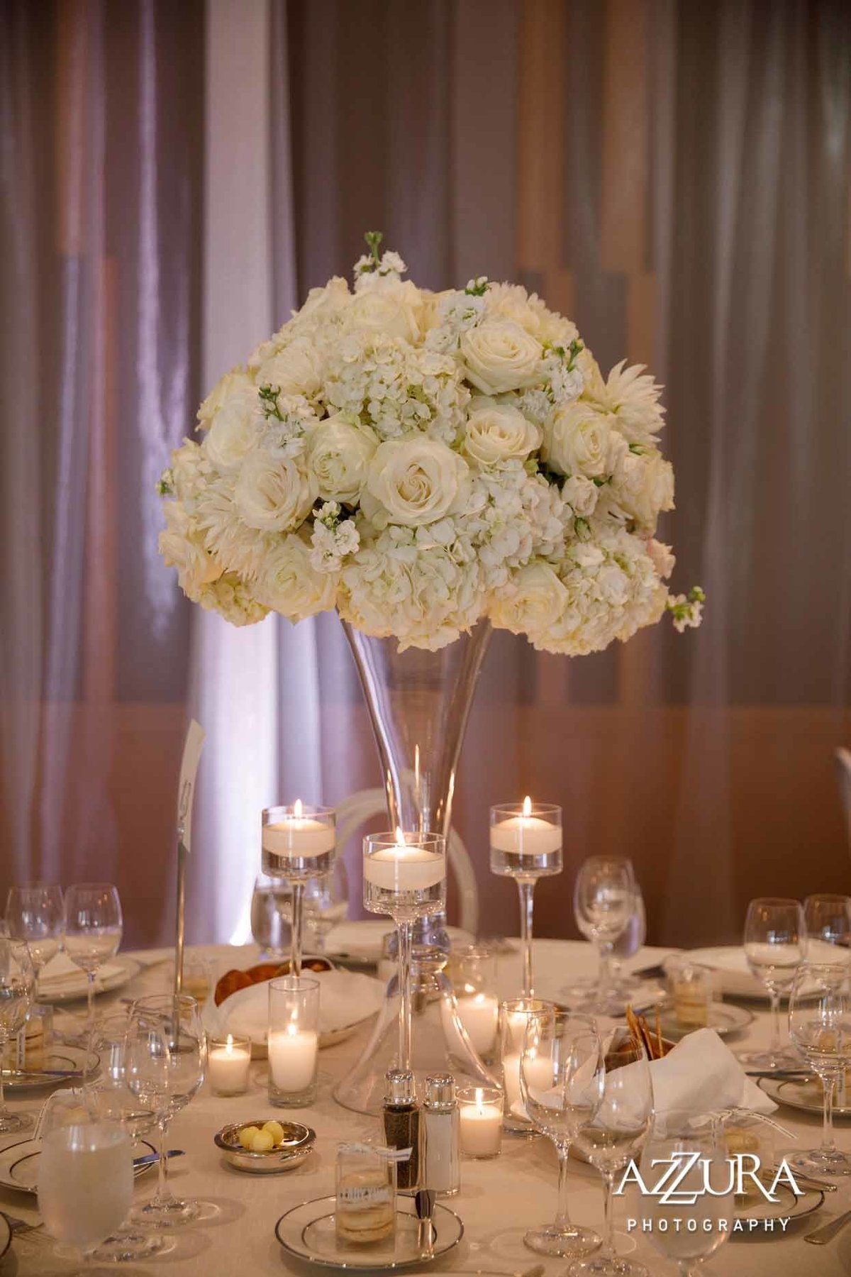 100luxe-four-seasons-wedding-Flora-Nova-Design