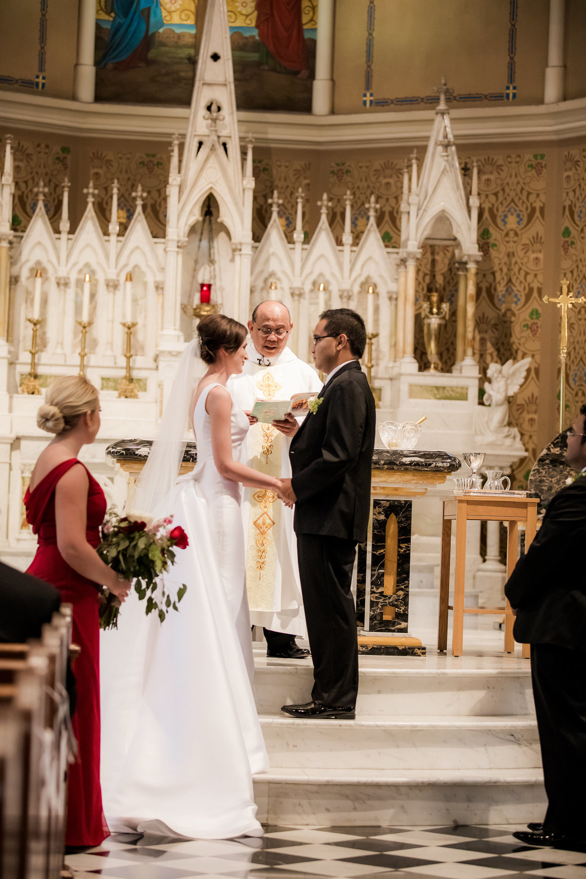 Virginia Bride - Virginia Weddings - Virginia Wedding Photographer - Virginia Wedding Photographers - Soutehrn Bride - Church Wedding - Catholic Wedding - Classic Bride - Nashville Wedding Photographer - Nashville Wedding Photographers015