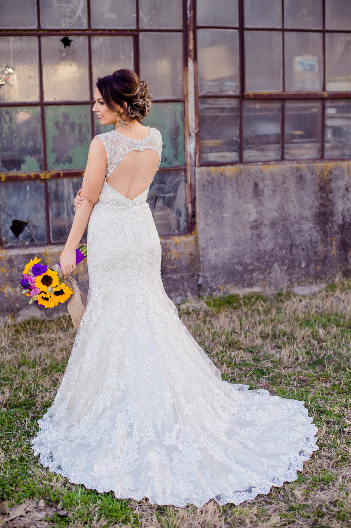 bride with old barn in Decatur
