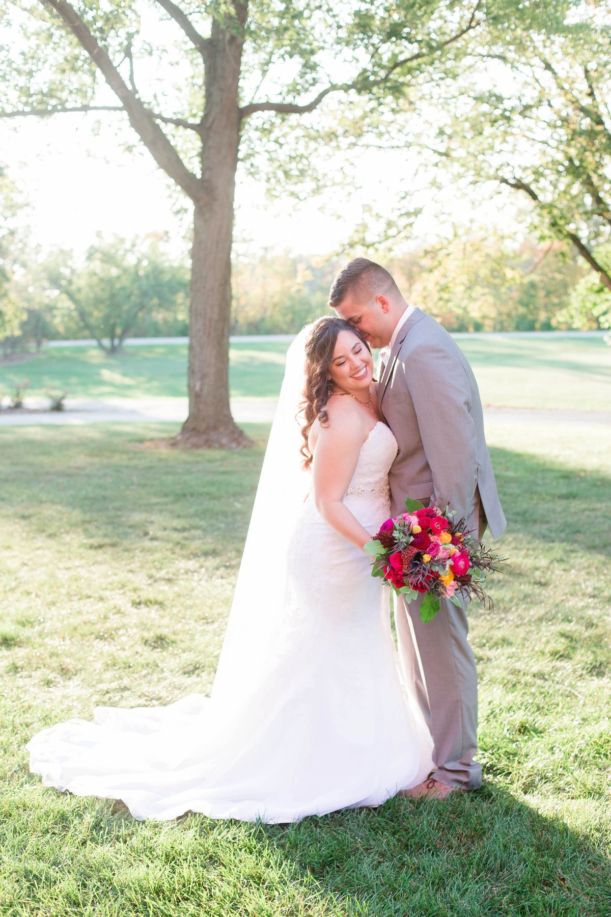 Burgundy Nazareth Hall Fall Wedding by Toledo and Detroit Based Wedding Photographers Kent & Stephanie Photography_0775