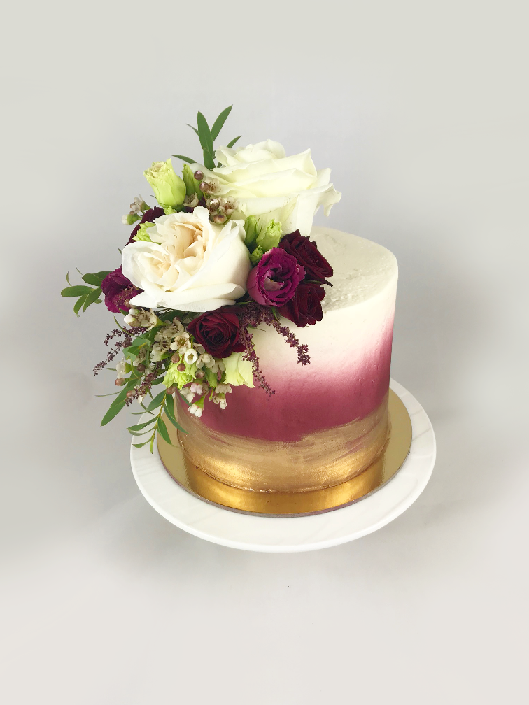 Whippt Desserts - Cutting Cake Burgundy Gold