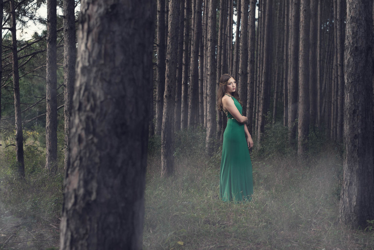 forest senior pictures with mist dramatic photographer