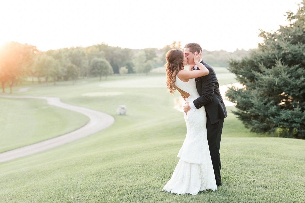 Maison Meredith Photography Wisconsin Wedding Photographer Real Wedding Four 091