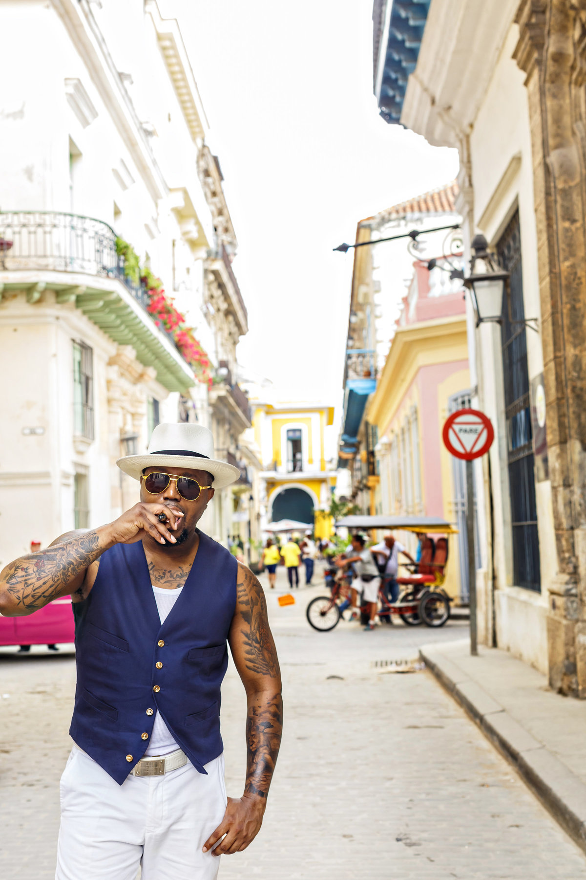 AmyAnaiz_Makini_Regal_Destination_Engagement_Havana_Cuba_042