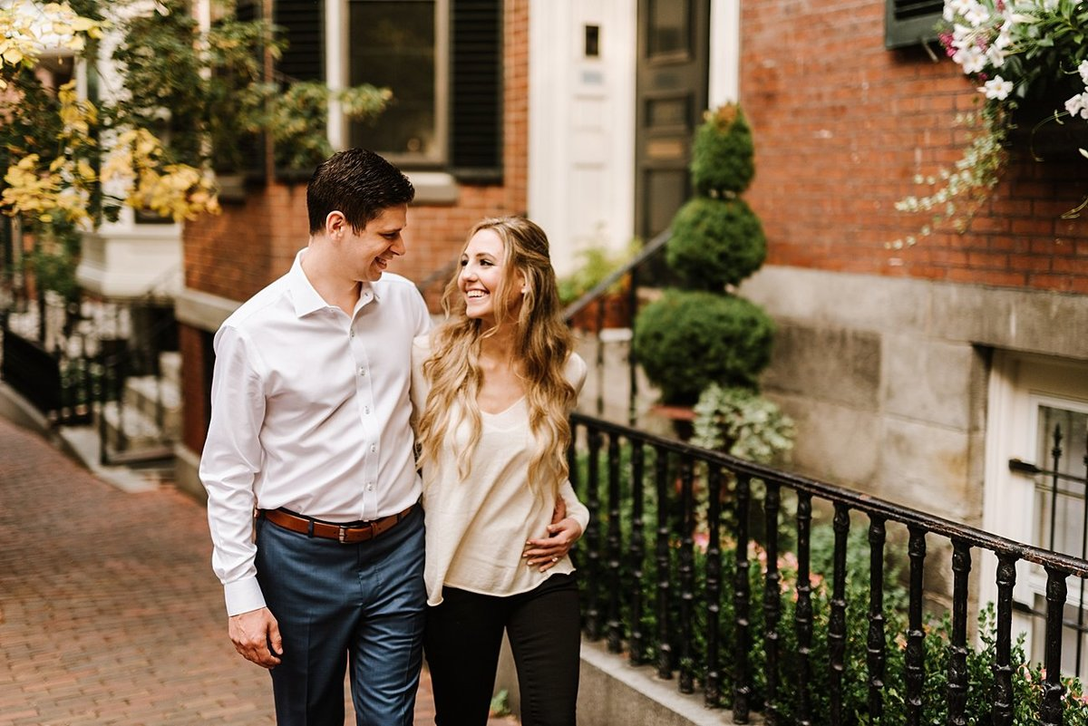 boston-public-garden-beacon-hill-boston-wedding-photographer-engagement-photo_0018