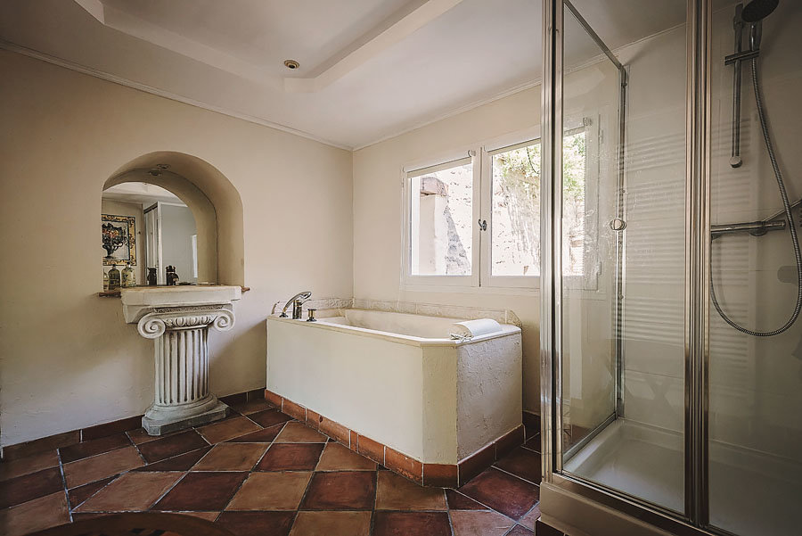 Holiday-Home-to-Rent-Farmhouse-with-pool-South-France (12 of 31)