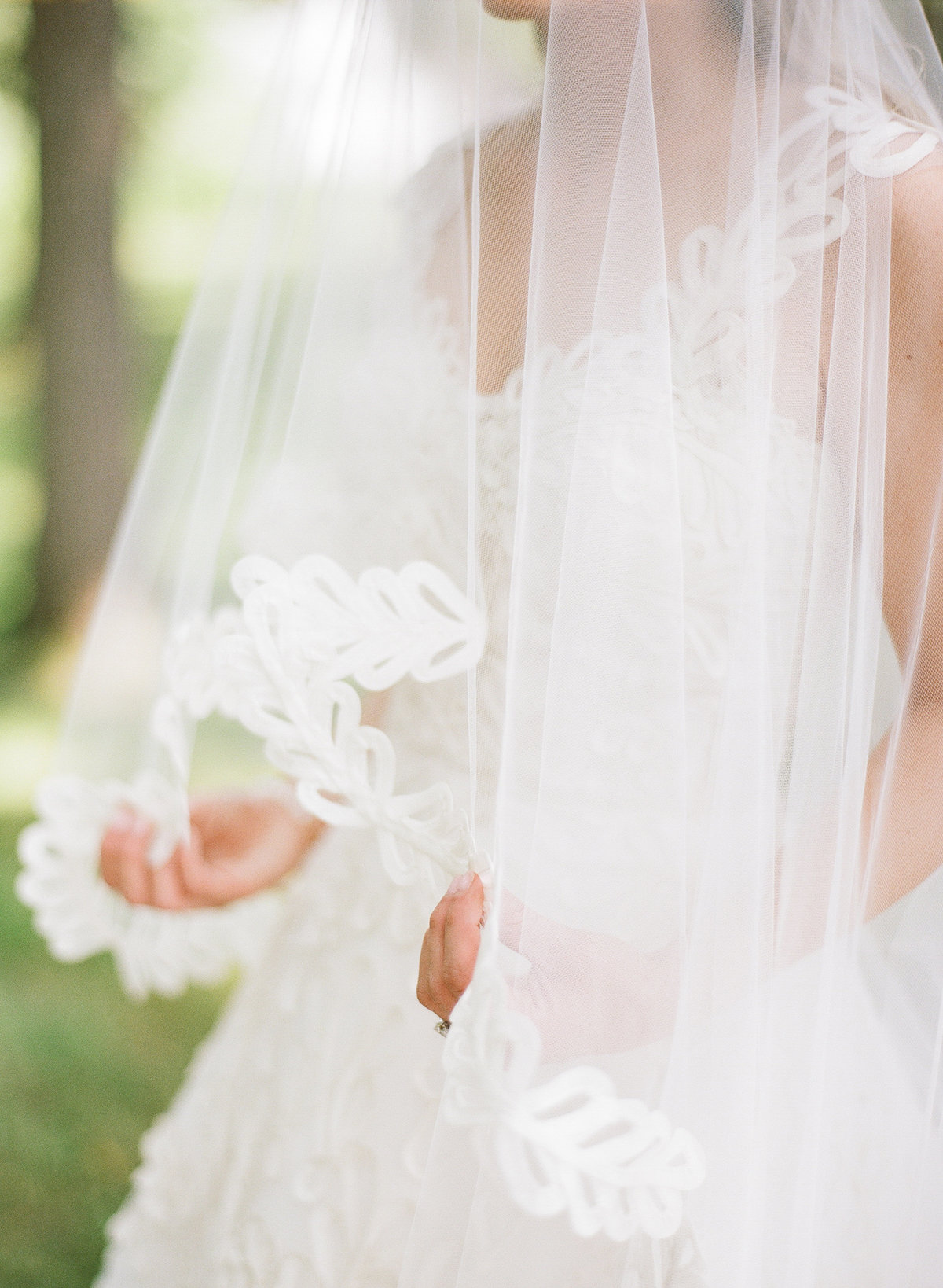 MelissaSchollaert-DestWeddings-111