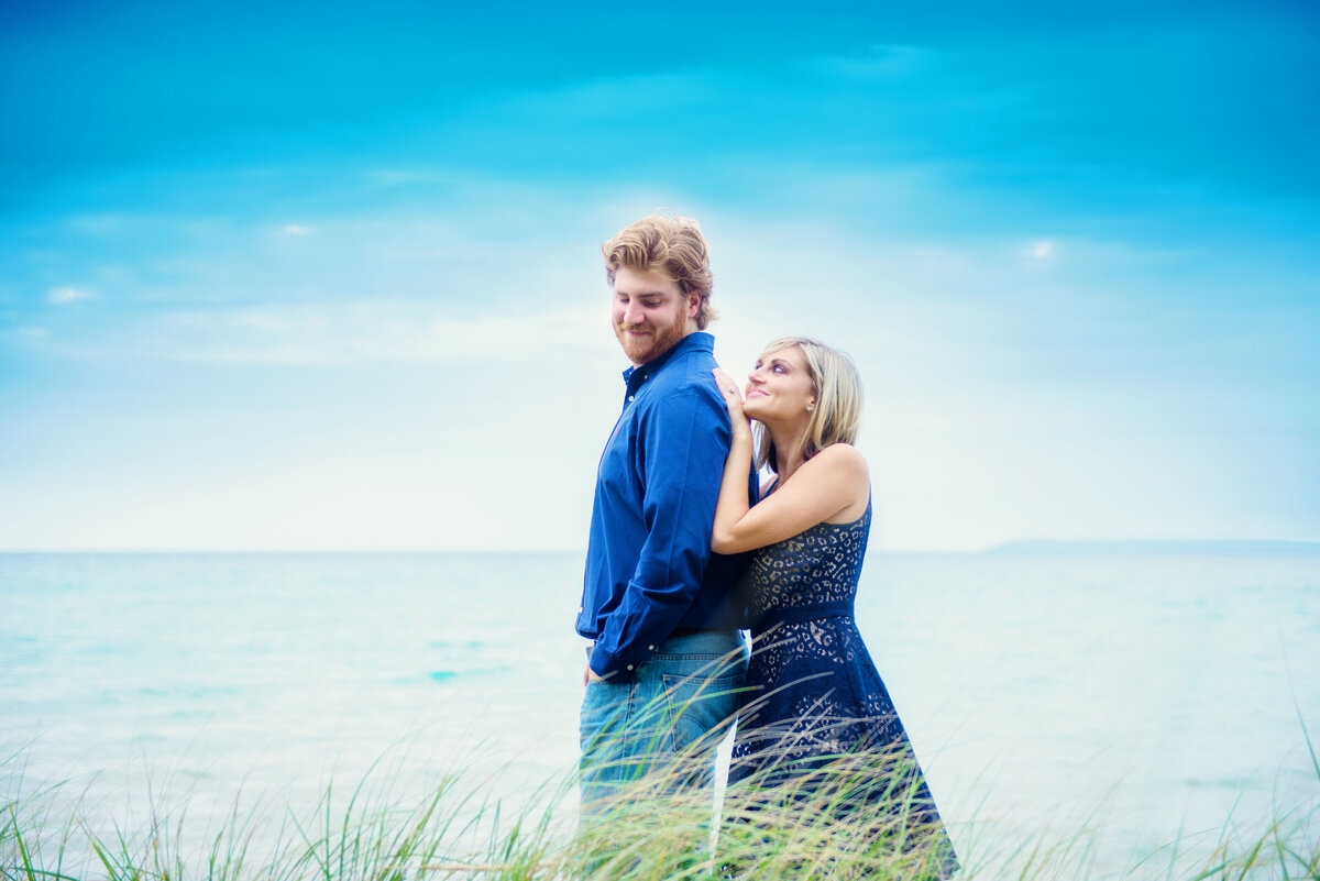 northern-michigan-engagement-photographers-9