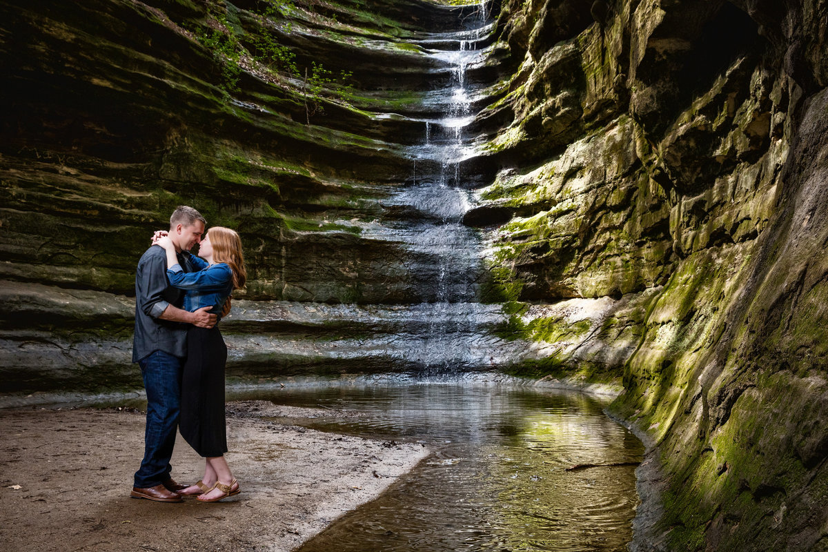 Wedding Photographer Near Starved Rock