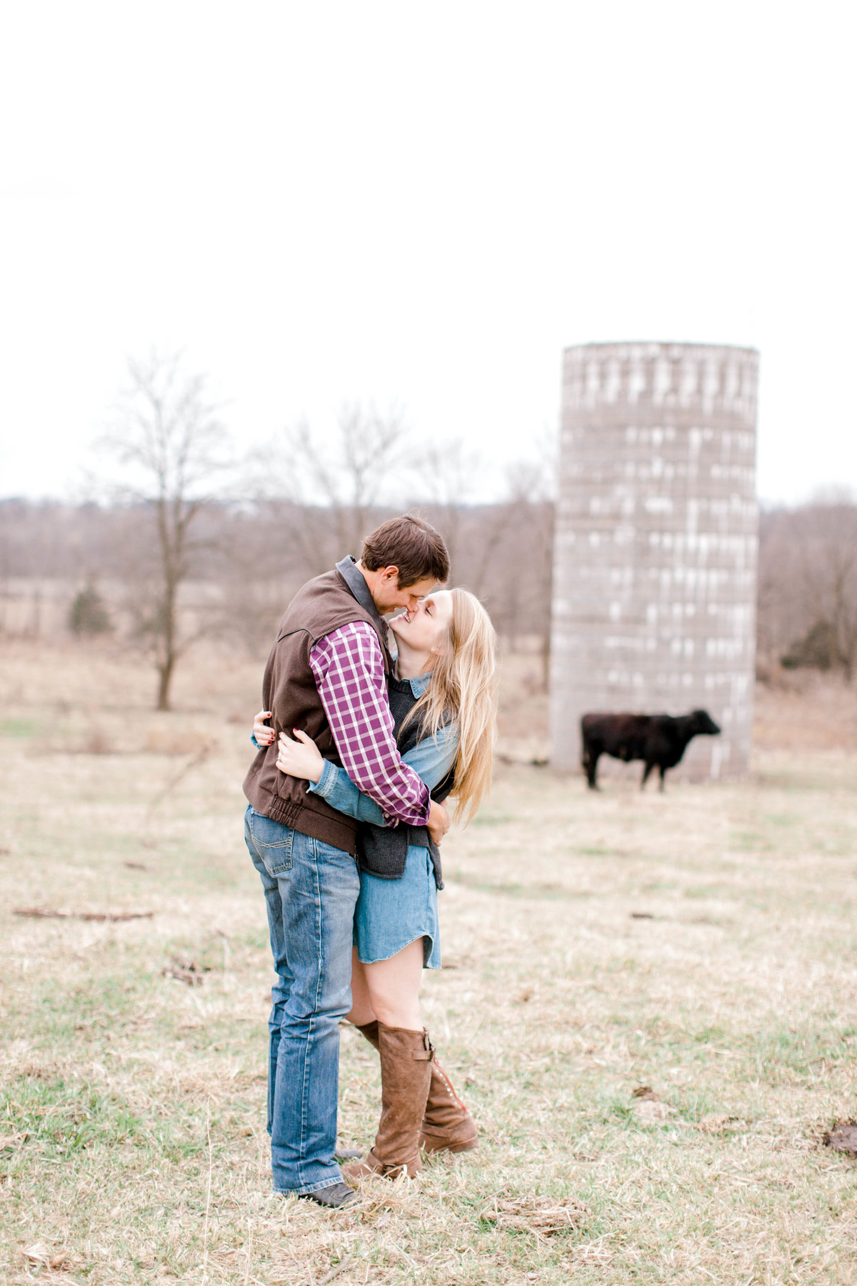 Melanie Foster Photography - Norman Oklahoma Senior and Engagement Photographer - Couple Engagement Photo - 11