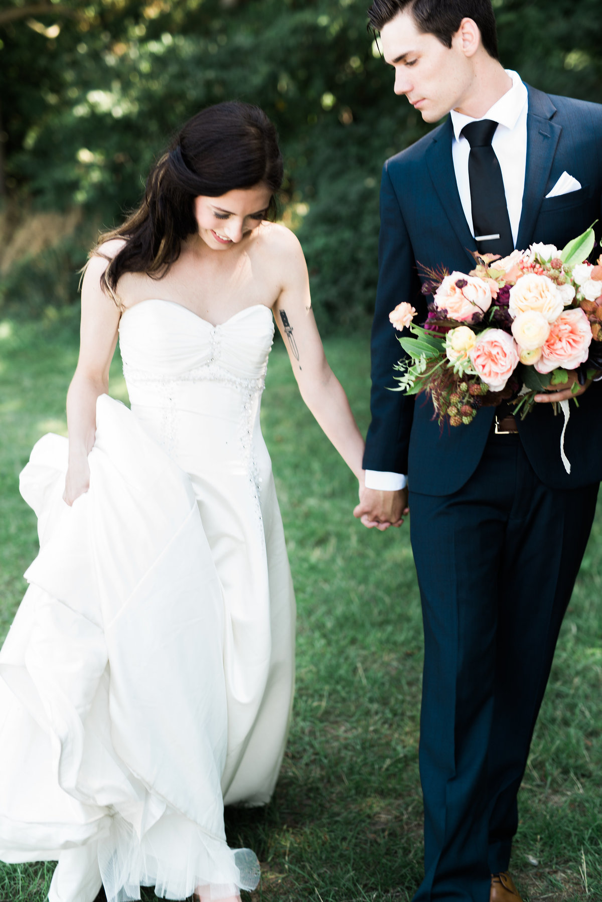 Lush Florals and Destiny Dawn Photography are Toronto Wedding Photographers and Florists