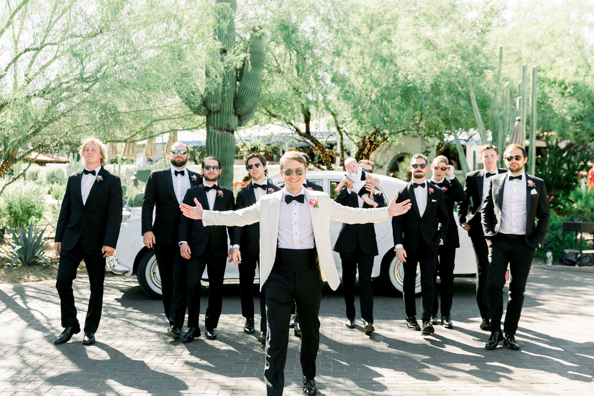 Karlie Colleen Photography - El Chorro Arizona Desert Wedding - Kylie & Doug-410
