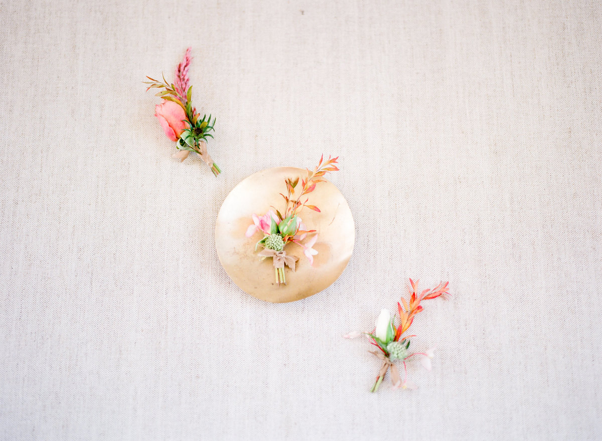 Ginny Au Design Grooms Boutonnieres