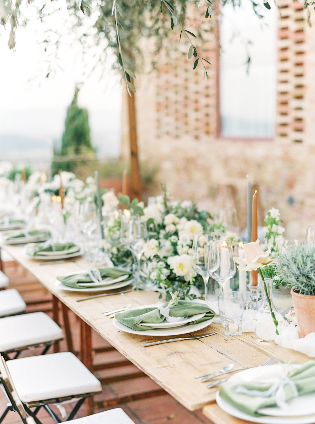 Tuscany Wedding Erica Nick - Lauren Fair Photography316