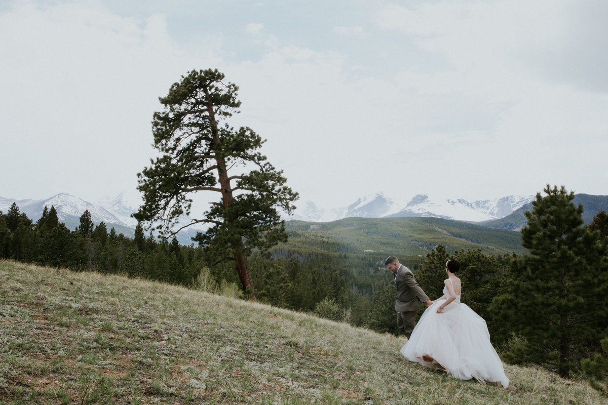 Tyler and Emily Wedding Estes Park Colorado-309