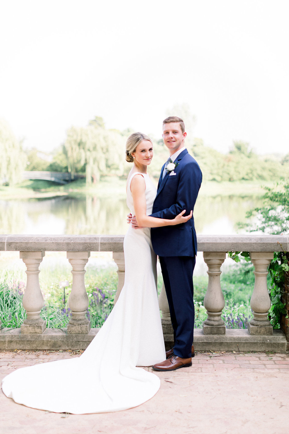 TiffaneyChildsPhotography-ChicagoWeddingPhotographer-Micheala+Tommy-ChicagoBotanicGardenWedding-BridalPortraits-41
