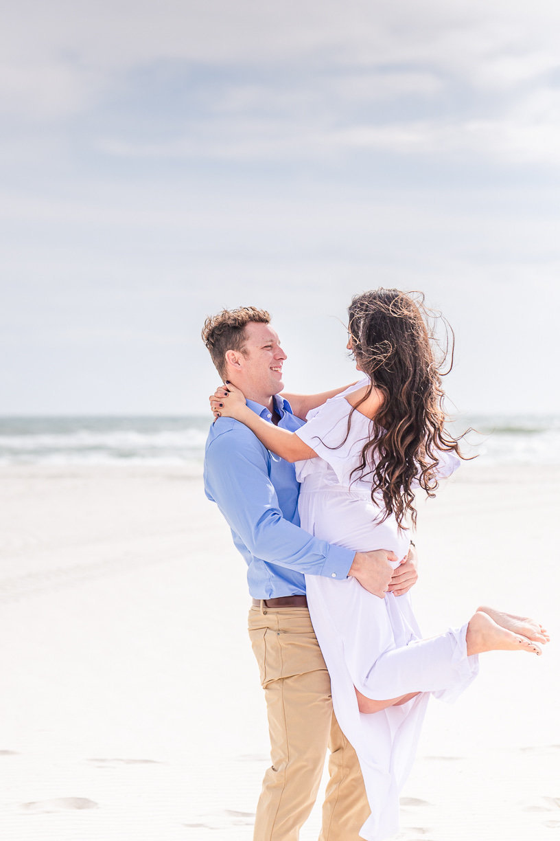 beach couples portraits by toni goodie photography