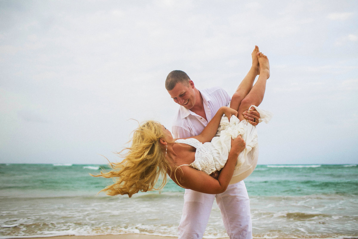 punta_cana_canada_intimate_wedding_dress_photographer_katya_nova_125