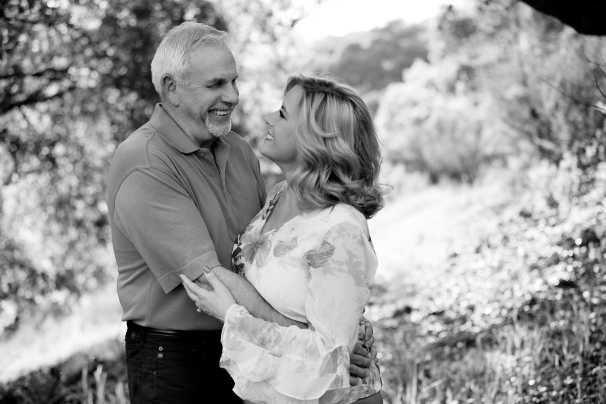Black and White Timeless Capture of an Engaged Couple at Foothills Park Palo Alto
