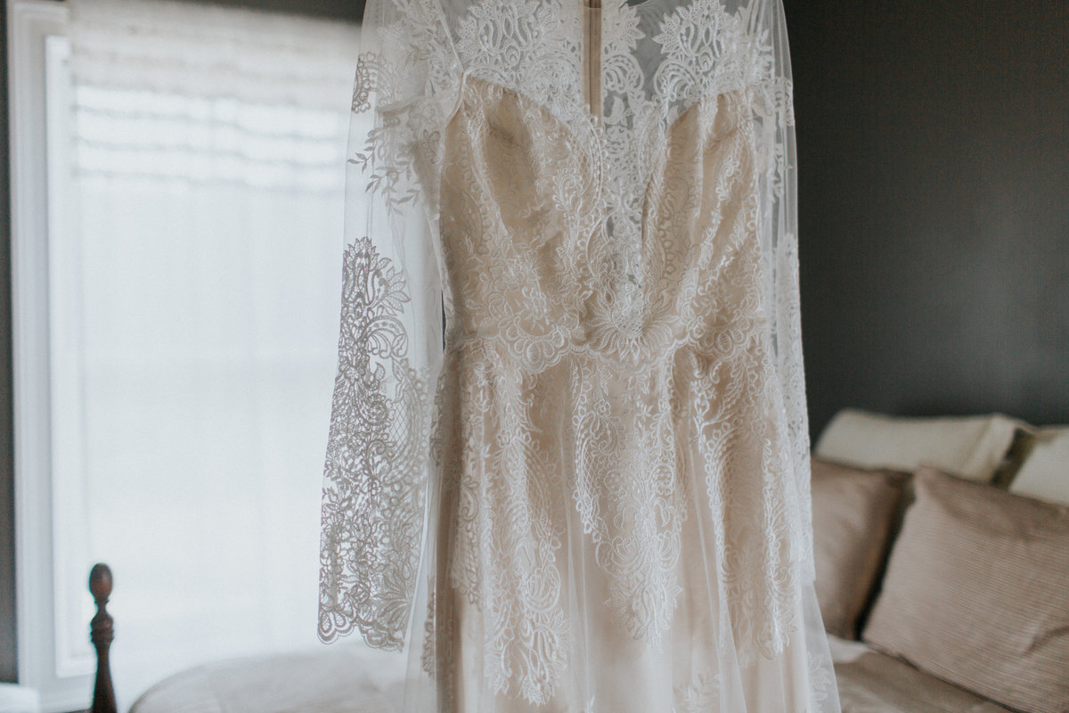 Gilded Bridal Wedding Dress Styled Shoot