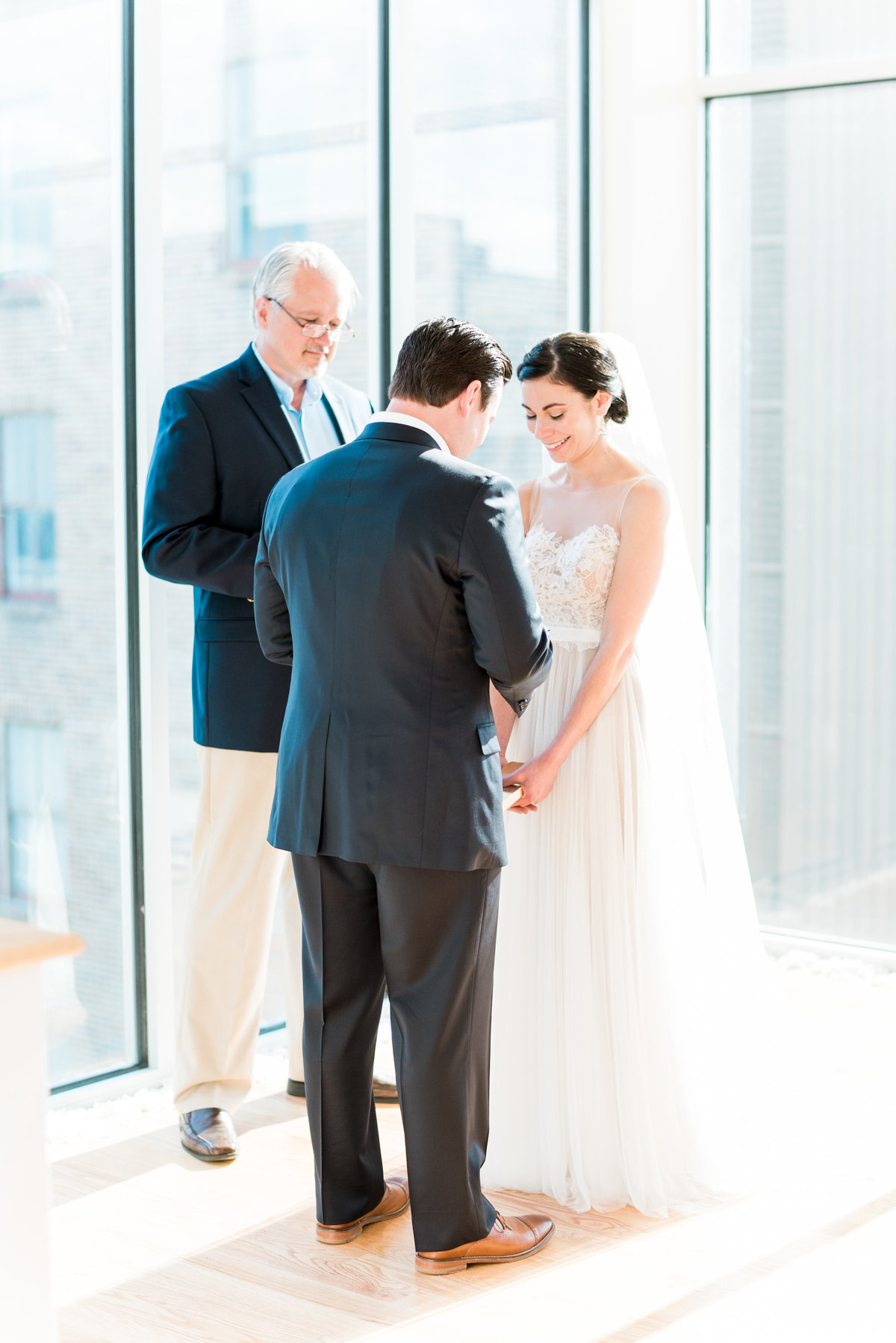 glass box wedding photo