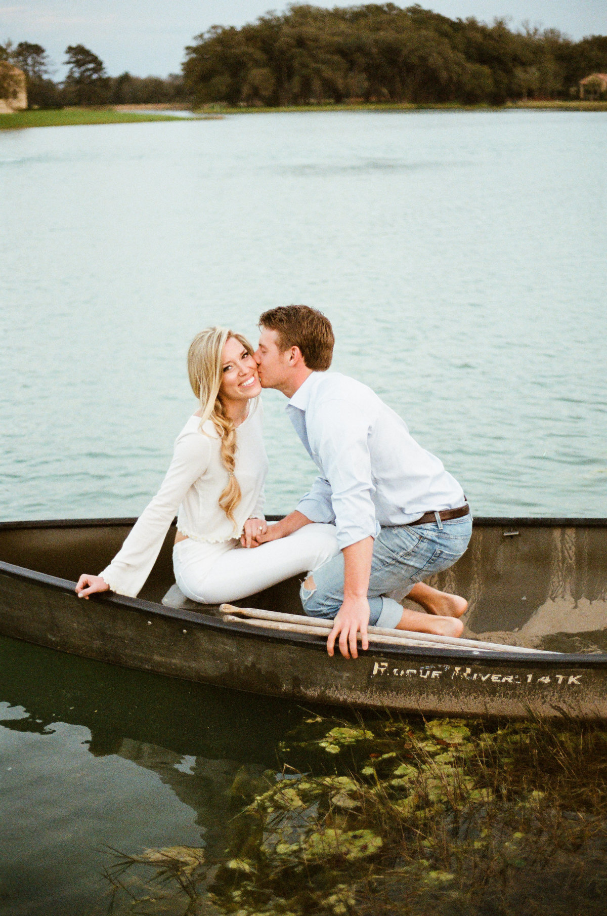 christianne_TAYLOR_holly_smith_austin_alvis_love_royal_oaks_country_club_engagements_couple_photos_photography-118