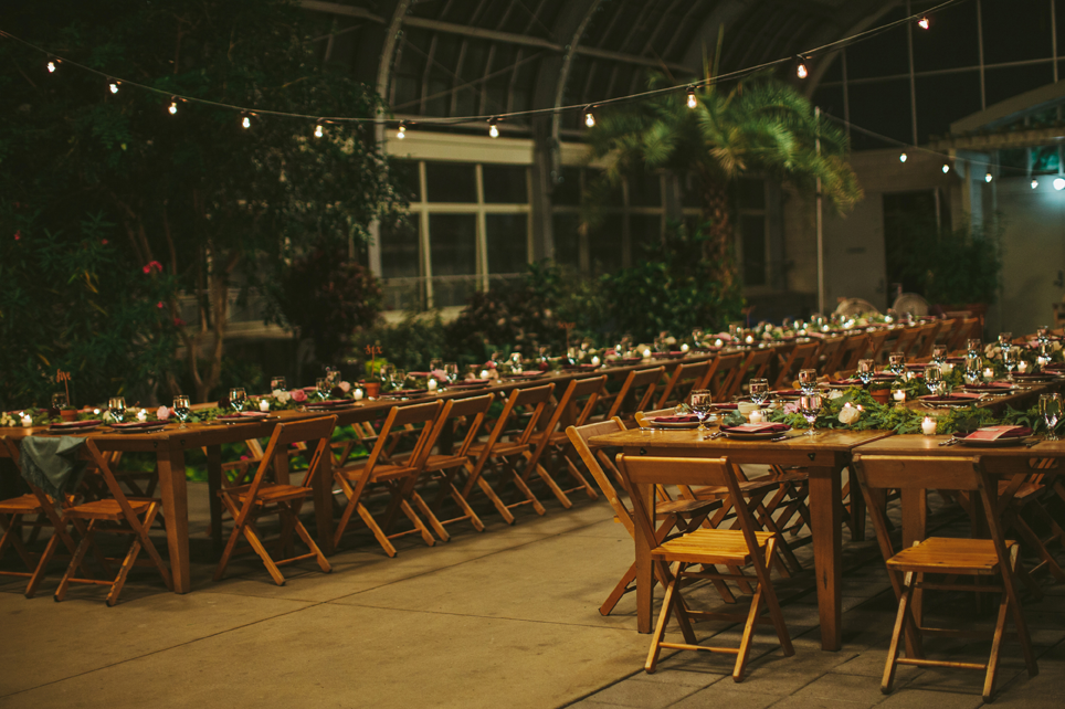 garfield_park_family_style_dining_chicago_wedding_and_event_designer_florist_life_in_bloom_chicago